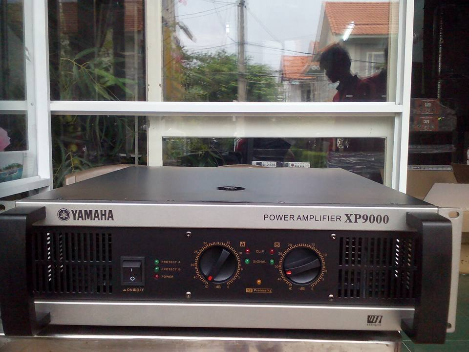 Main Yamaha XP 9000